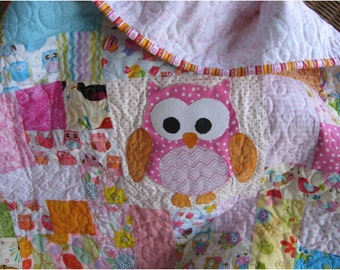 Custom owl baby quilt,  handmade girls owl crib bedding, custom made toddler bedding, Owl nursery