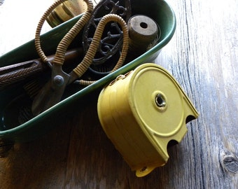 Vintage Rare 40s-50s French Country Estate Adjustable Enamel Soft Yellow Metal Clothes Line For Many Uses, Clean Ready to Use