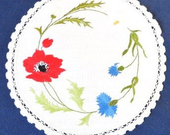 French vintage round linen doilie/doily hand embroidery made in France. folk art  french bouquet/ french country style Shabby chic