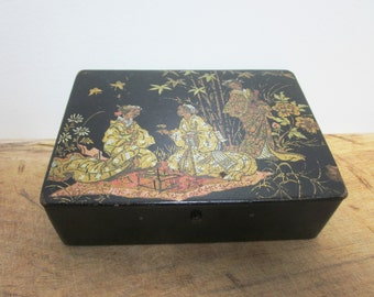 Antique french wooden box, Lacquered wood, Geisha, France, Boite bois, 1920