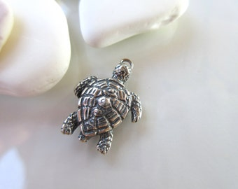 Sea Turtle charm Sterling Silver 925 oxidized finish--15mm x 21mm-- necklace charm pendant beach charm TRT02