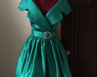 1980s Tadashi emerald green party dress 50s style
