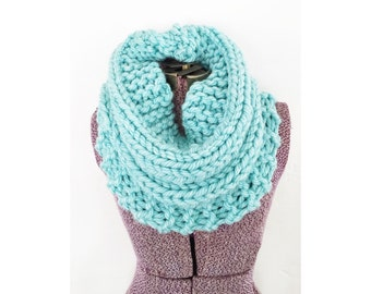 KNIT COWL INFINITY Scarf - Turquoise Hand Knit Neckwarmer, Aqua Cowl, Ice Blue Circle Infinity Scarf