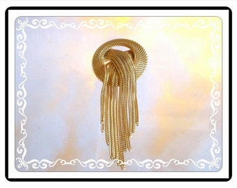 Castlecliff Tassel Brooch - Dangling Chains - Goldtone Circle Waterfall - 1960s Mid Century Modern - Classic Gold Tone - Pin-1146a-112614010