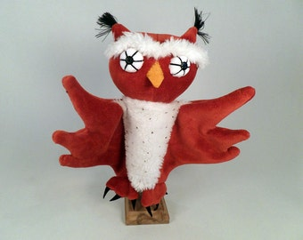 Uhu, the owl - handpuppet