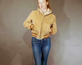 Vntg 70s small corduroy brown fleece lined hooded winter jacket women's vintage fashion coat