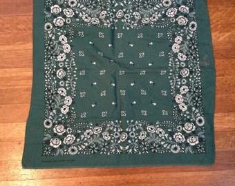 Vintage Bandana / Green Vintage Bandana / Vintage  Color Fast  Bandana / RN 13972 / 100% Cotton