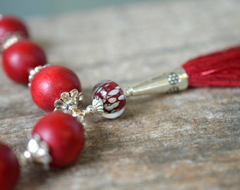 Dark red silk tassel necklace Boho chic art glass and chunky wood bead necklace Bohemian ethnic beaded necklace Marsala wine wood jewelry