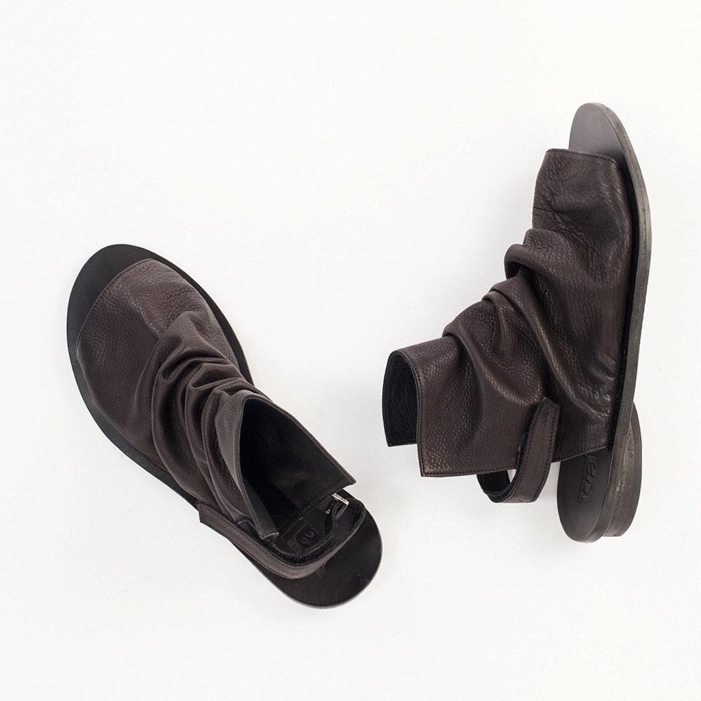 Black boot sandals -  Zoom