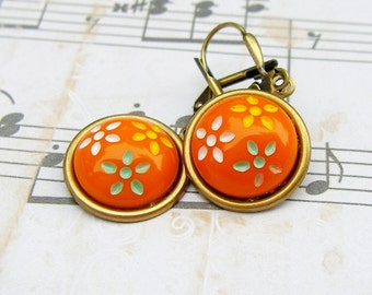 Daisy Trio - vintage Czech glass button dangle earrings, up-cycled jewelry, repurposed jewelry