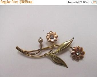 ON SALE Vintage 1/20 10kt Gold Filled Floral Brooch Item K # 1039