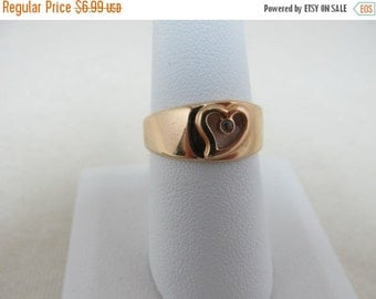 On Sale AVON Heart Ring With Rhinestone Item K #733
