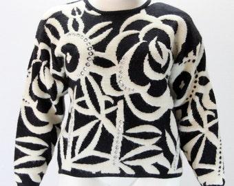 XL - XXL Vintage Sweater - FABULOUS Black and White Floral w Rhinestones