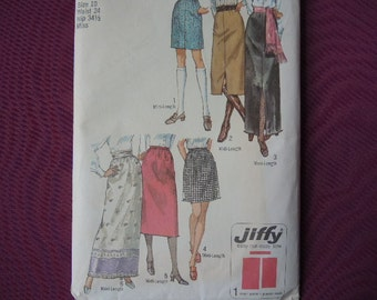 vintage 1970s Simplicity sewing pattern 9099 misses set of jiffy skirts in three lengths size 10