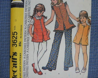vintage 1970s McCalls sewing pattern 3625 uncut girls top and pants or shorts size 12