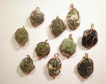 10 Vintage Green Quartz Pendants