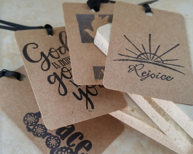 Religious Gift Tags, Set of 24 Gift Tags Christian Catholic Jesus Faith Hang Tags Black and Kraft Gift Tags Hang Tags favor tags party decor