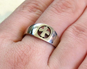 Sterling Silver Cut-Work Cross Ring ~ Christian Cross Ring ~ Nun's Ring ~ Promise Ring ~ sizes 6 or 7