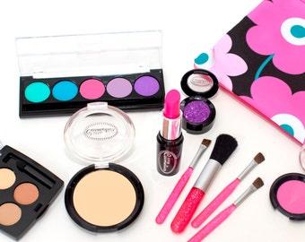 Pretend Makeup: Little Makeup Artist Set