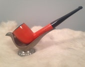 AA - This is a vintage The Pipe tobacco pipe
