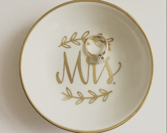 Mrs. Ring Dish, Jewelry Dish, Trinket Dish, Wedding Ring Dish