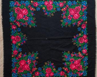 SALE Vintage Black russian shawl platok, ukrainian scarf, woolen fabric. Granny's Colorful shawl for needlework, chale russe Babushka