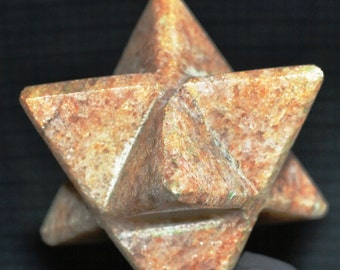 Satyaloka satyamani Golden quartz '' Merkaba'  High frequency synergy 12 crystal ''sat-chit -ananda  150 cts.8152