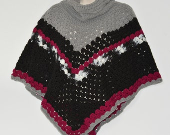 Chunky cowl neck poncho in black and boysenberry - Turtleneck poncho - M/L - Granny square poncho - Gifts under 50