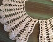 Crocheted Collar / Vintage Cotton Ecru Off White Crocheted Collar