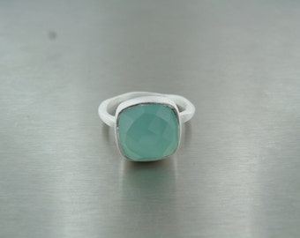 Chalcedony Silver Ring (12x12mm)