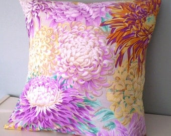 Vintage look Floral Cushion / Pillow cover