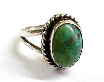 Native American Silver and Turquoise Ring Size 7