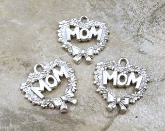 Set of Three (3) Pewter Heart Wreaths with *MOM* Charms - 1428
