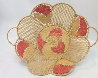 Delicate basket made in Italy