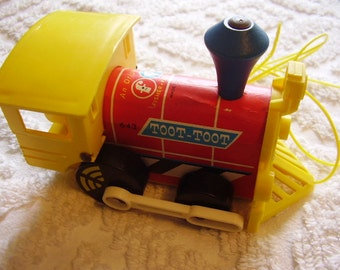Vintage Fisher Price Toot-Toot Toy Train/1964