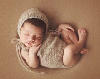 Newborn baby girl or boy, hand knitted  Romper Overall and Bonnet set/ Luxury yarn Photography Prop/ Baby Alpaca Romper