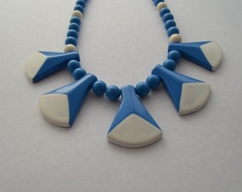 Retro 80s blue and white plastic necklace