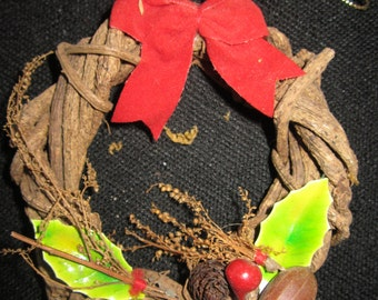 Natural Grapevine Wreath Christmas Tree Ornament