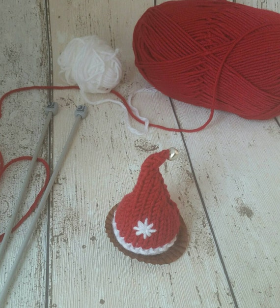 Santa Hat Christmas knitting pattern ,PDF, favour, chocolate cover, Lindt Lindor, Ferrero Rocher ...