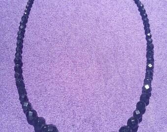 Deco 30's - 40's  jet black cut glass bead necklace