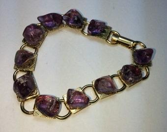 Y Polished Amethyst Bracelet 7 inch Gold Tone