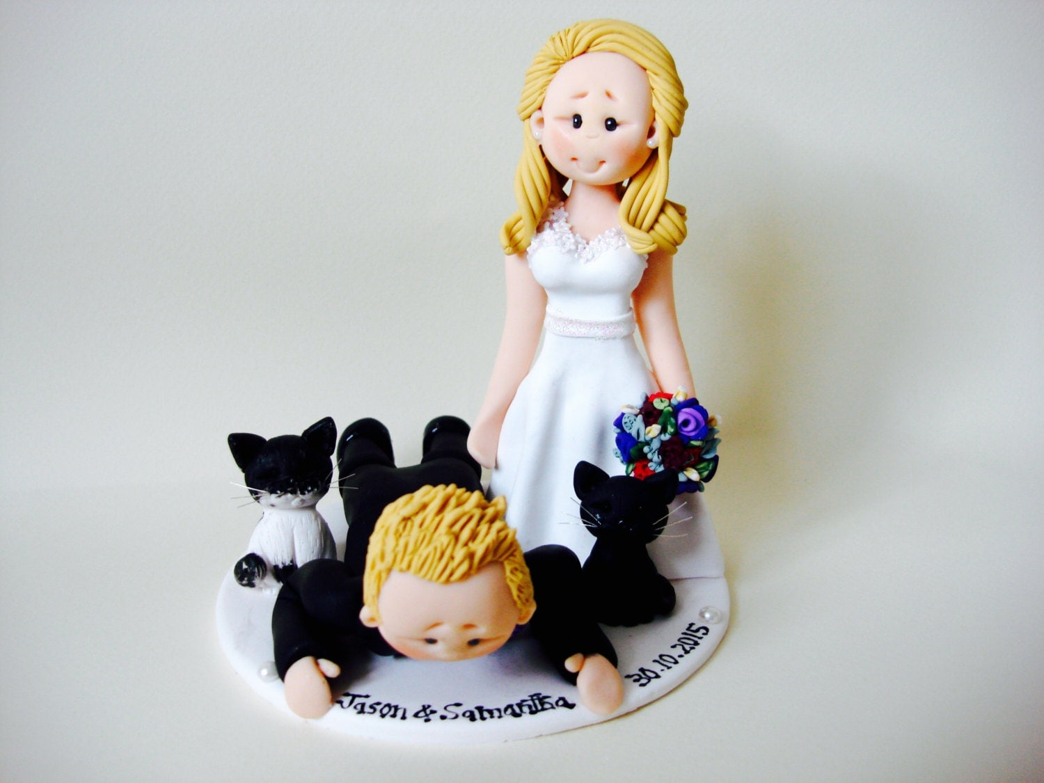 cheeky scottish wedding cake toppers scottish groom in tartan kilt wedding cake topper custom 12550