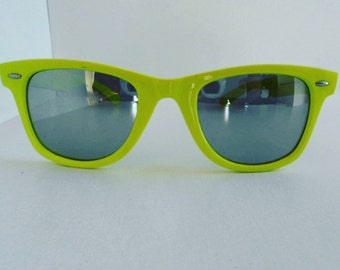 Vintage Neon Yellow Wayfarer Sunglasses