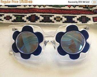 GOODBYE SUMMER SALE Clear frame black daisy flower sun Glasses