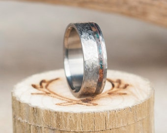 Mens Wedding Band Hammered Finish Ring w/ Patina Copper Inlay - Staghead Designs