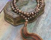 Beautiful Tibetan style agate gemstone mala necklace