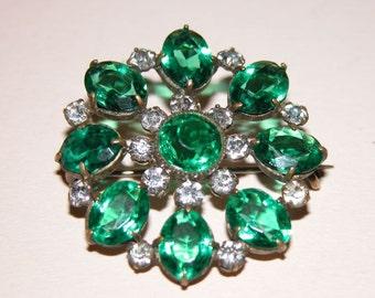 Pretty Art Nouveau Rhinestone and Brass Brooch.  Emerald Green and Diamante