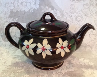 Redware clay pottery teapot by Royal Canadian Art Pottery Hamilton Canada Royal Dripless country kitchen farmhouse collectible serveware