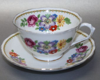 CHELSON Bone China Teacup and Saucer Set