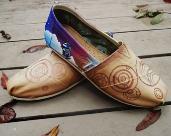 Custom Painted Dr Who Inpsired Toms. Dr Who Inspired Shoes. Dr Who TARDIS Toms. Custom TARDIS Shoes.